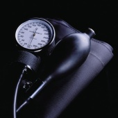 High Blood Pressure in Middle Age, Weaker Brain Later?